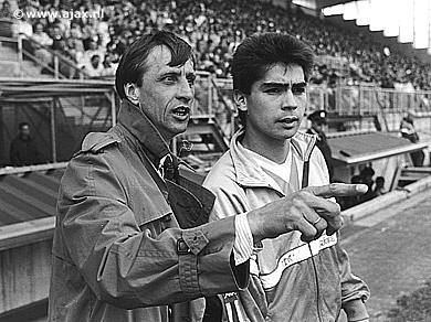 Sonny Silooy with Johann Cruyff